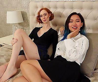 Hot homemade lesbian sex with interracial lesbians 6 min 1080p