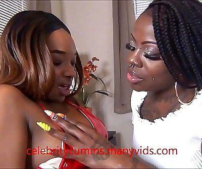 Lesbian Chronicles 2 83 sec