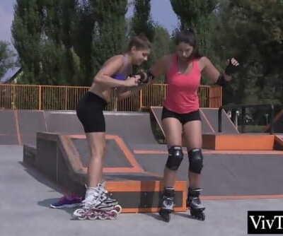 Stunning lesbian massage girlfriends leg before eating her pussy