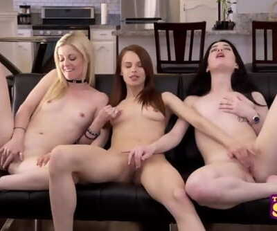 Friends With Benefits - The One With Rachel, Monica and Phoebes Threeway