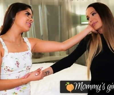 MommysGirl Squirt Madness With Katya Rodriguez And Her Stepmom