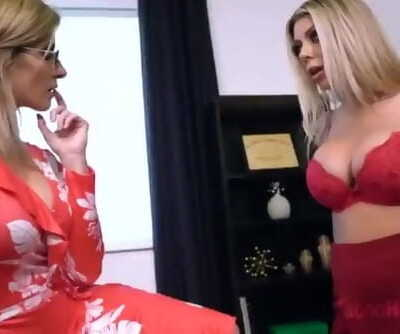 KARMA RX & CORY CHASE - STEPMOTHER AND DAUGHTER LESBIAN