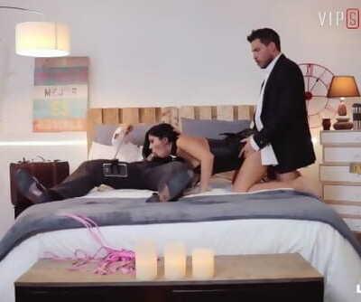VIPSEXVAULT - Kinky Couple Swaps their Girlfriends