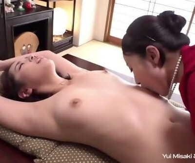Yui Misaki & Kanna Misaki Armpit Scene
