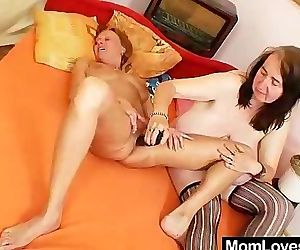 Extremely orgasmic amateur mamas gets lesbian