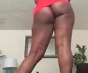 Mrs Bordeaux Spreads them Ass cheeks