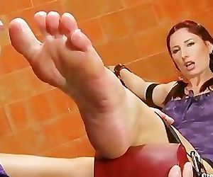 Brook in distress enjoy foot worship