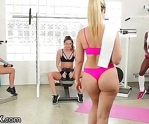 Tori Black Ana Foxxx Annika Albrite Jenna Sativa & Abigail MacHOT! 9 min HD+