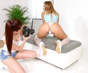 Lesbian scene with Rebecca Volpetti and Vyvan Hill by SapphiXHD+
