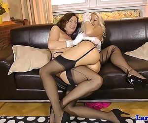 Posh british matures pussy feasted onHD