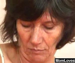 Hirsute amateur wives first time lesbian - 6 min