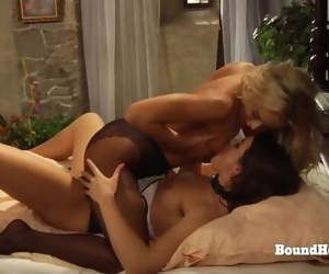 Facesitting Lesbian Action with Naughty Mistress and Submissive Slave