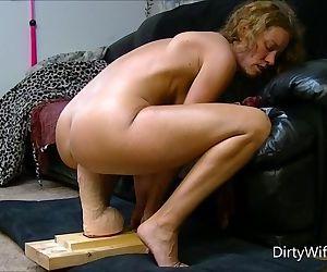 Horny babe rides..