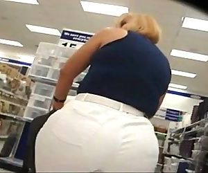 Big fat ass mom..