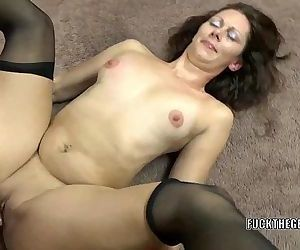 Mature brunette Trisha Delight..