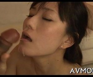 Slutty mamma gets hammered - 5 min