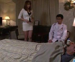 Araki Hitomi busty milf craves..