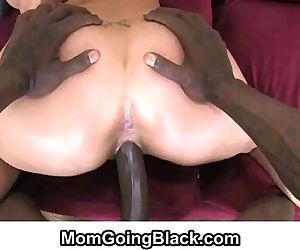 MomGoingBlack.comMILF fucked by..