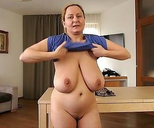 Saggy mom speaks German - 59 sec HD