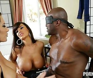 Amazing MILF Lisa Ann compilation..