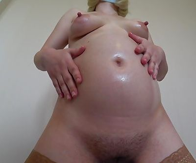pregnant mILF, hairy cunt, big..