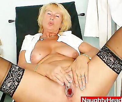 Blonde milf Greta big natural..