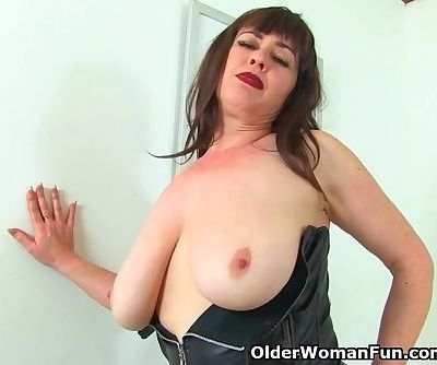 English milf Janey gets naughty..