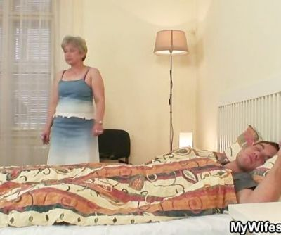 She fucks her son in law as he..