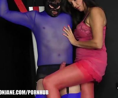 Kinky Milf puts submissive on..