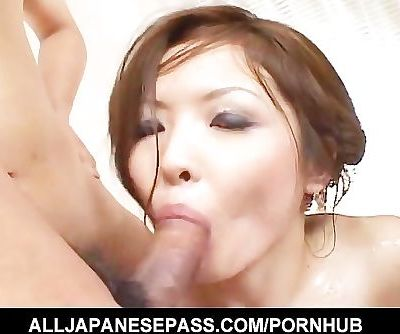 Naami Hasegawa blindfoled kissed,..
