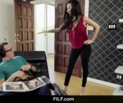 FILF - Stepmom Lily Lane catches..