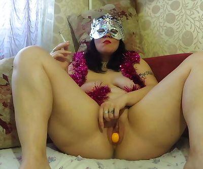 Nude milf smokes