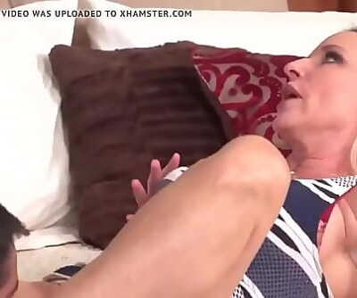 Mature Mom And Son 17 min 720p