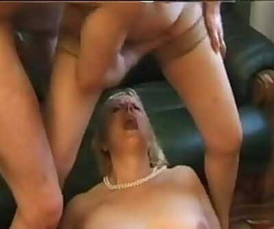 FRENCH MATURE 6 2blonde bbw anal..