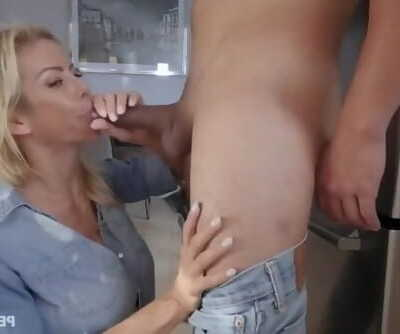 Hot mom fucks..