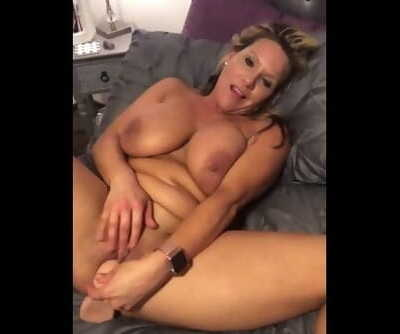 Hot Dripping Pussy
