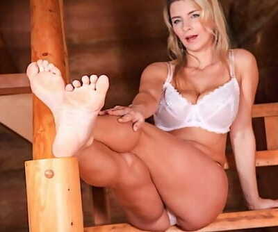 Katerina Hartlova Foot Job and..