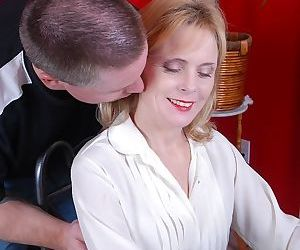 Older blonde mom Pandora taking cumshot on tits after up close blowjob