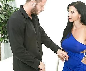 Pornstar Jewels Jade is standing on her knees and sucking a dick