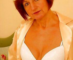 Redhead granny anal masturbation - part 3