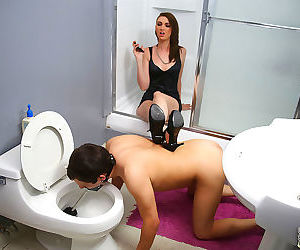 Fat cock disappears in alana rains ass in front of her cuckold - part 3164