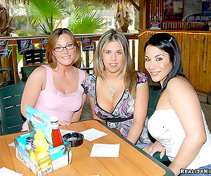 Savannad and her girls hit up the bar and get preped for some hot lesbian dildo - part 2482