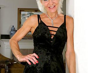 Mimi Smith