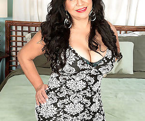 Victoria the big-assed mexican milf - part 1672
