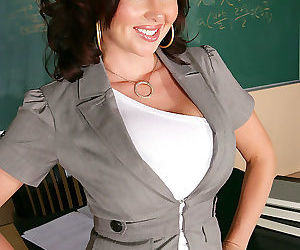 Professor felony foreplay is a horny teacher. she hides it during class, but und - part 88