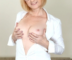 Glasses clad granny enoys hot anal toying & rimming before getting ass dicked
