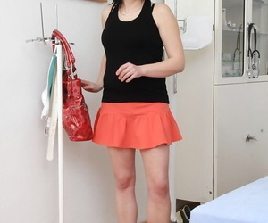 Mature woman Lydie gets naked for speculum insertion at doctors