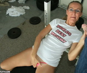 Lustful mature lady in glasses gives a blowjob and gets bukkaked