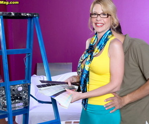 Mature MILF Desiree Dalton takes a cumshot after fucking the contractor