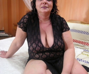 Mature.nl Hetty